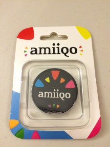 amiiqo-in-package-front